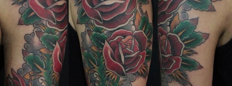 Художественная татуировка «Розы» от Данилы-Мастера
