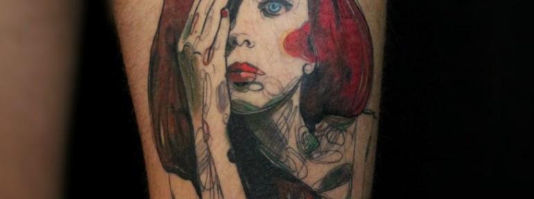 Художественная татуировка «Девушка». Мастер — Саша Новик