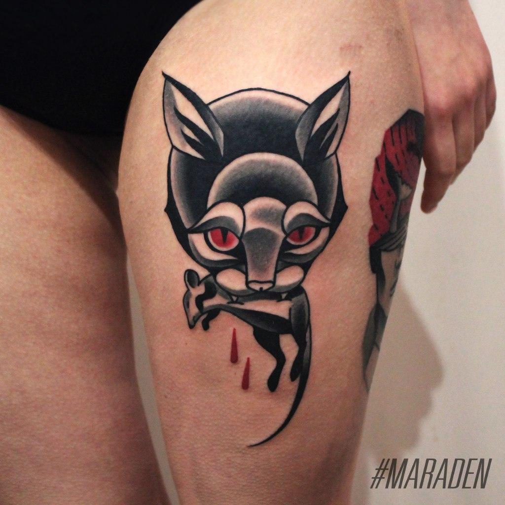 Художественная татуировка «Кот». Мастер — Денис Марахин. Расположение — бедро. Время работы — 2 часа. По своему эскизу.