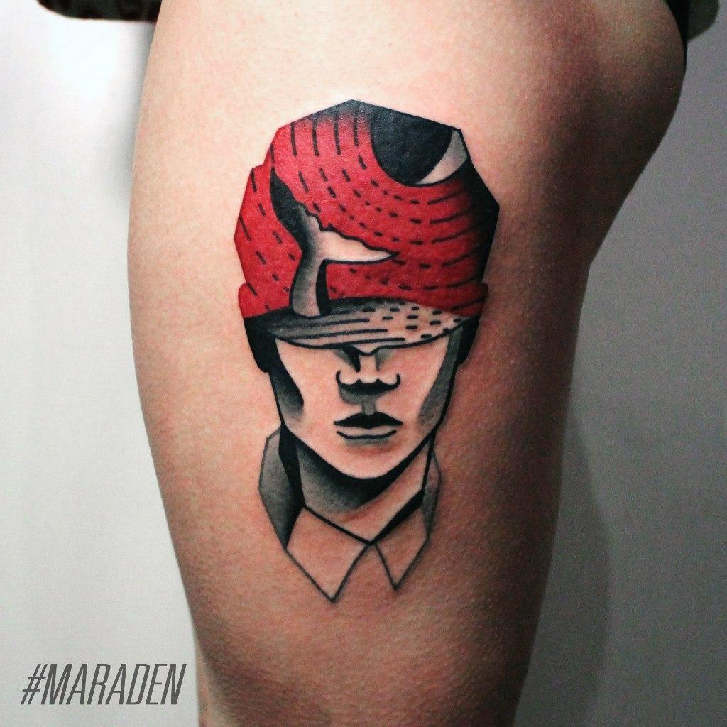 Художественная татуировка «Голова мужчины». Мастер — Денис Марахин. Расположение — бедро. Время работы — 2 часа. По своему эскизу.