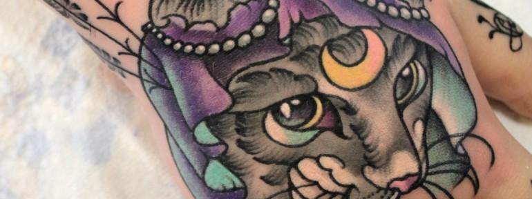 Художественная татуировка «Кошка». Мастер — Анна Корь.