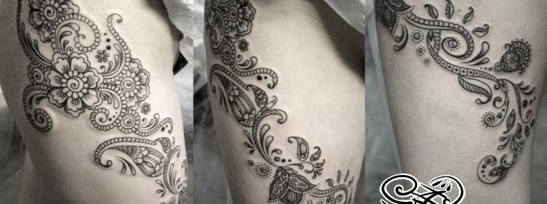 Художественная татуировка «Узоры мехенди». Мастер — Анна Корь.