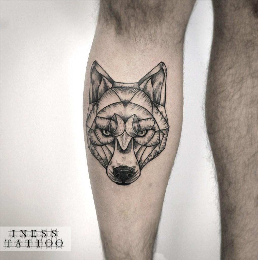 Художественная татуировка «Волк». Мастер — Инесса Кефир. Расположение — голень. Время работы — 2 часа. По своему эскизу.