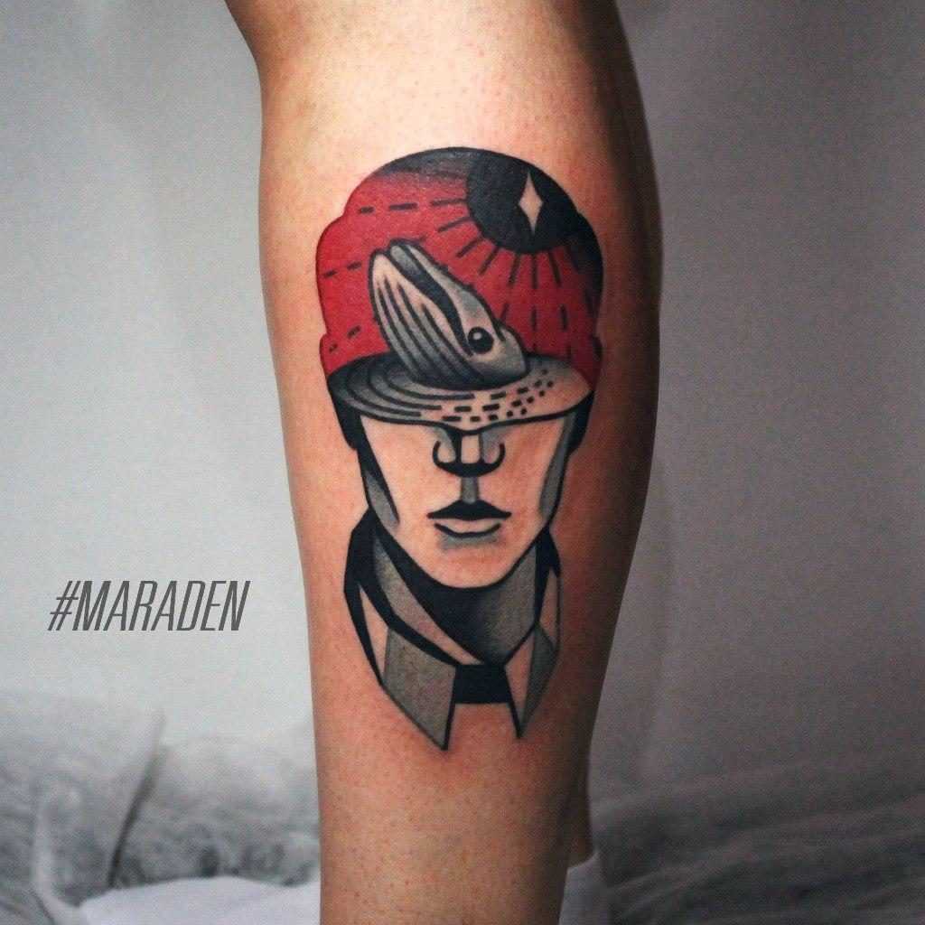 Художественная татуировка «Голова мужчины». Мастер — Денис Марахин. Расположение — голень. Время работы — 2,5 часа. По своему эскизу.