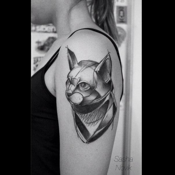 Художественная татуировка «Кошка». Мастер — Саша Новик.