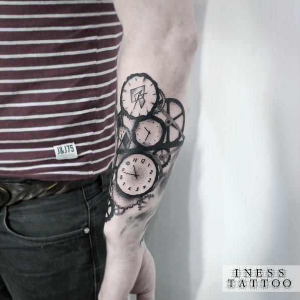 Художественная татуировка «Механизм». Мастер — Инесса Кефир