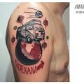 Художественная татуировка «Поехали!». Мастер — Денис Марахин. Расположение — плечо. Время работы — 4 часа. По своему эскизу