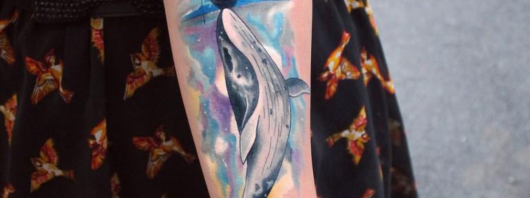 Художественная татуировка «Кит». Мастер Настя Стриж.