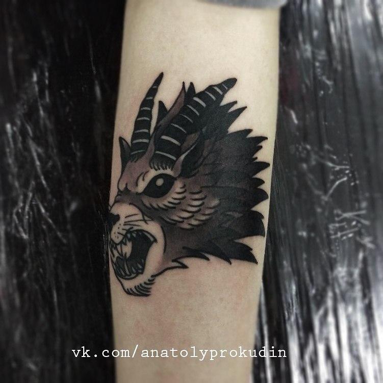 Художественная татуировка «Волк» от Анатолия Прокудина