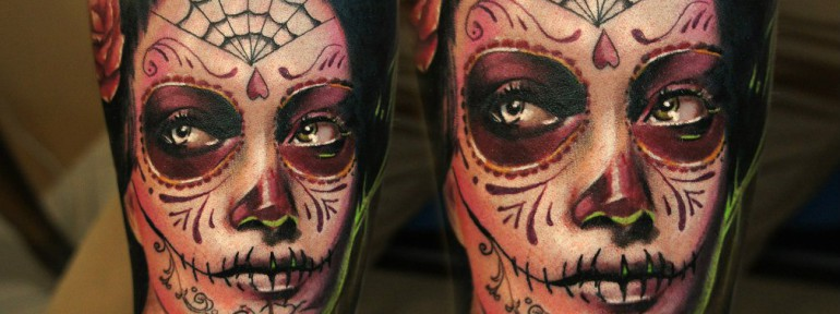 Художественная татуировка «Девушка Muertos» от Александра Морозова
