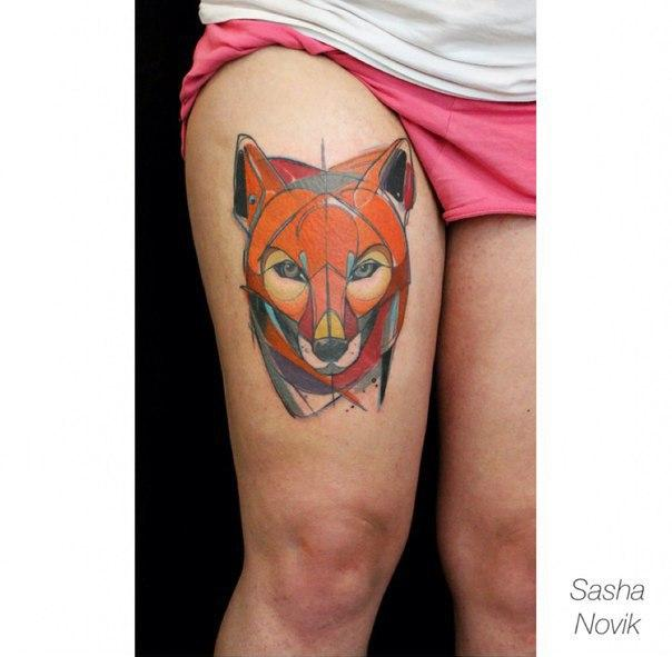 Художественная татуировка «Лисичка». Мастер — Саша Новик.