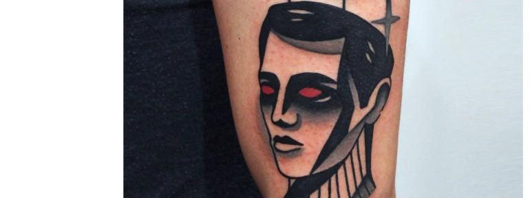 Художественная татуировка «Планеты». Мастер — Денис Марахин