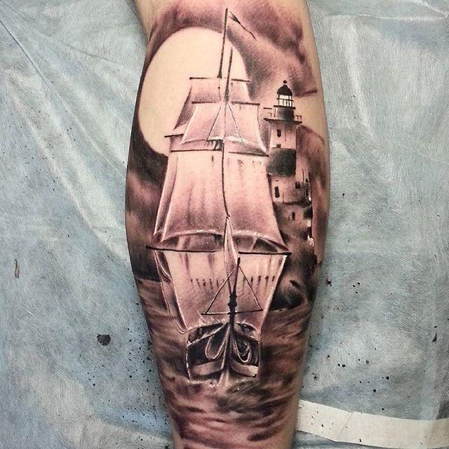 Художественная татуировка «Парусник» от Евгения Ершова
