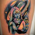 Художественная татуировка «Космос». Мастер — Анна Корь Расположение — бедро. Время работы — 3 часа. По собственному эскизу.