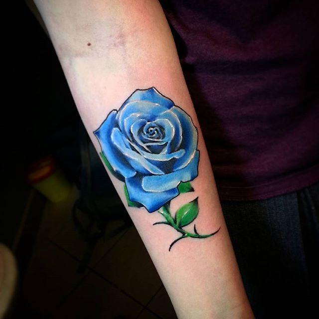 Художественная татуировка «Роза» от Евгения Ершова