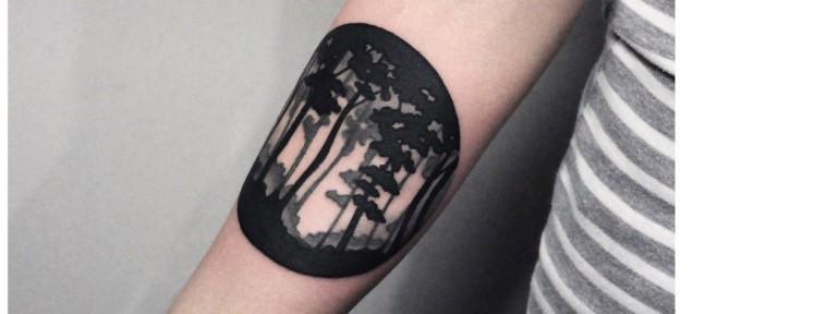 Художественная татуировка «Лес». Мастер — Денис Марахин