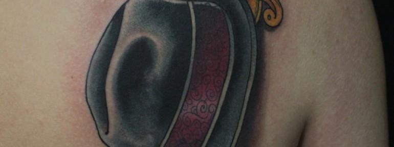 Художественная татуировка «Шляпа» от Данилы-Мастера