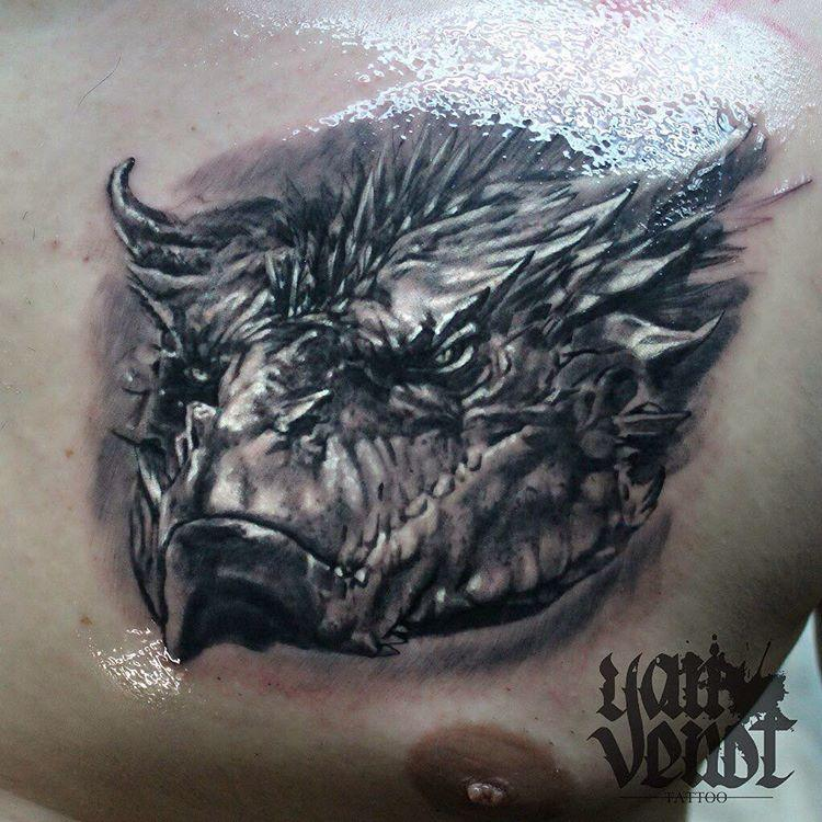 Художественная татуировка «Дракон Смауг».Мастер Ян Енот