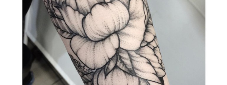 Художественная татуировка «Пион». Мастер- Лилия