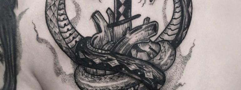 Художественная татуировка «Змеи». Мастер — Инесса Кефир.