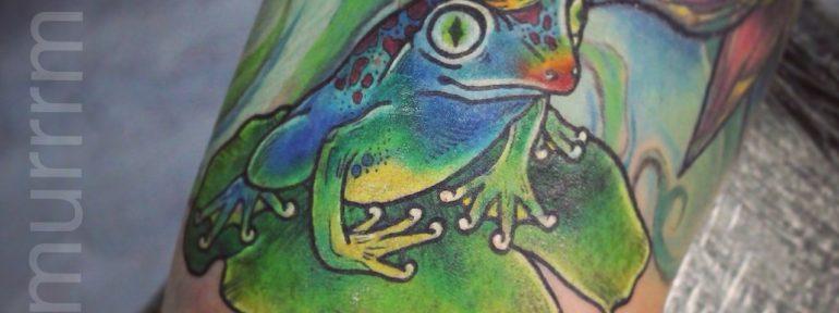 Художественная татуировка «Лягушка».Перекрытие.Мастер Настя Стриж.