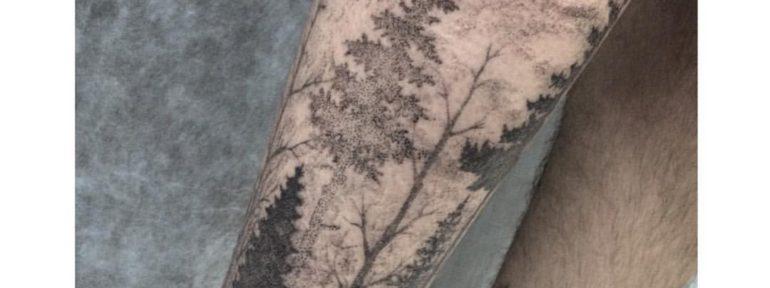 Художественная татуировка «Лес». Мастер Лилия Золотухина