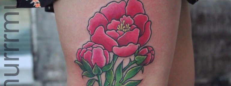 Художественная татуировка «Цветок». Мастер Настя Стриж