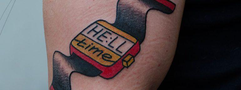Художественная татуировка «HELL TIME».Мастер Даня Костарев.
