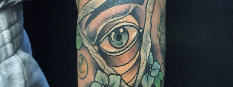 Художественная татуировка «Глаз». Мастер- Илья Берёзкин