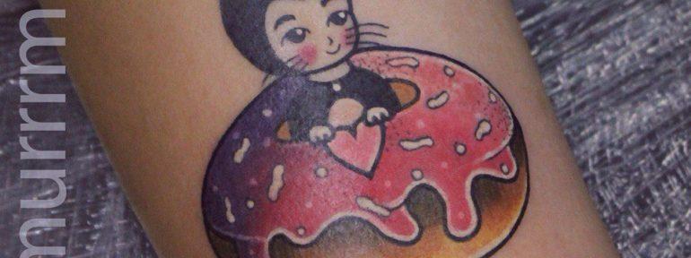 Художественная татуировка «Женщина-кошка». Мастер Настя Стриж.