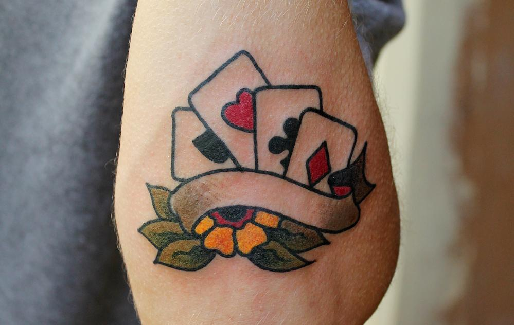 Художественная татуировка «Карты»