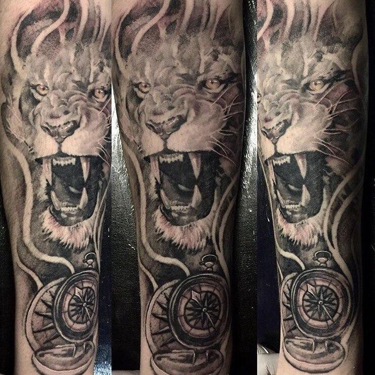 Художественная татуировка «Лев». Мастер- Василий.