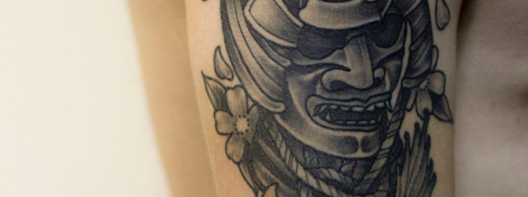 Художественная татуировка «Самурай». Зажившая работа. Мастер Лёша Стафеев