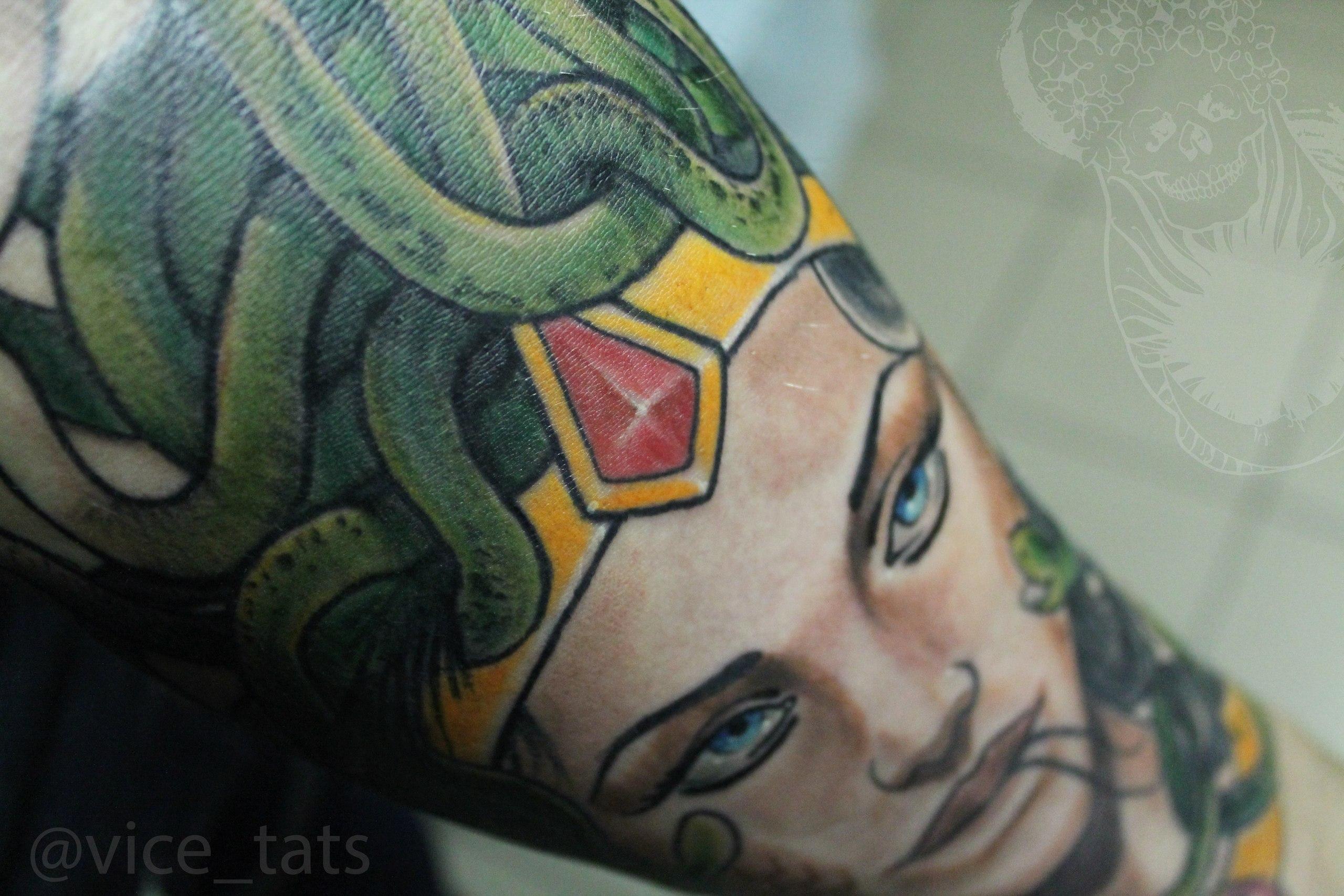 Художественная татуировка. Фрагмент рукава. Мастер: Дима Поликарпов.