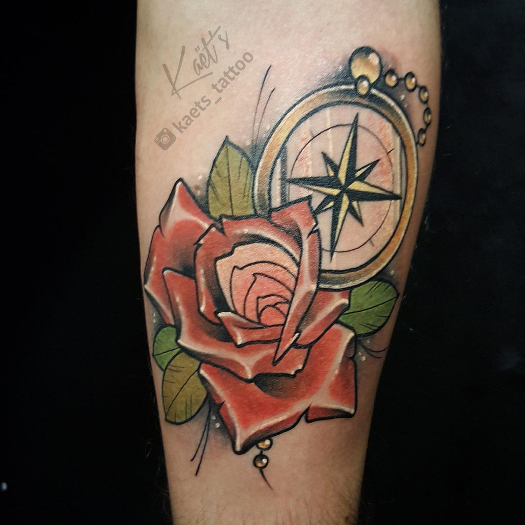 """Художественная татуировка """"роза и компас"""". Мастер Ил Берёза"""