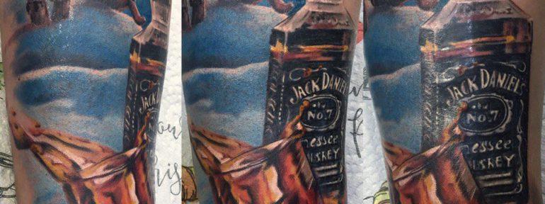 Художественная татуировка «Jack Daniels». Мастер Павел Бормотов.