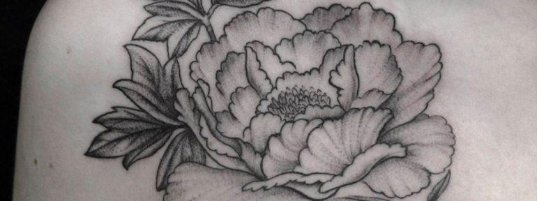 Художественная татуировка «Пион» — Мастер Сергей Семаков