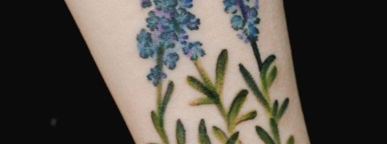 Художественная татуировка «Лаванда». Мастер- Анна Корь