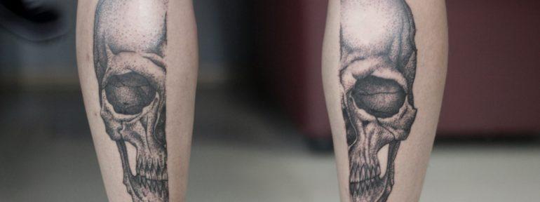 Художественная татуировка «Череп». Мастер Анастасия Куликова