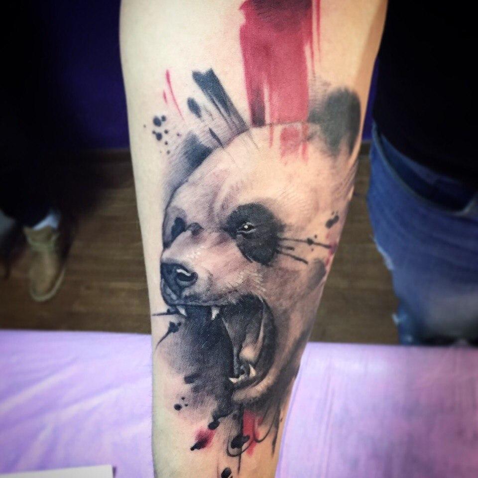 Художественная татуировка «Панда». Мастер- Вася Эверест.