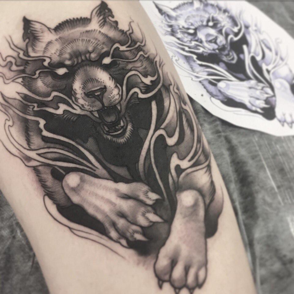 Художественная татуировка «Волк». Мастер- Вася Эверест.