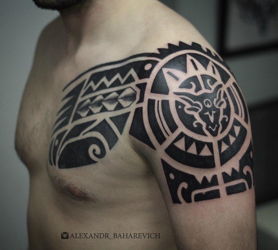 Художественная татуировка «Полинезия». Мастер- Александр Бахаревич