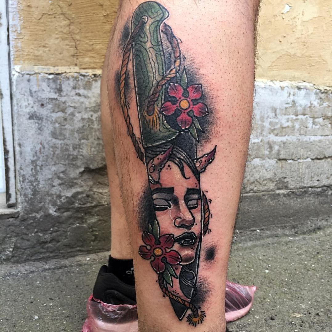 Художественная татуировка «Нож». Мастер Руслан Тавакалов