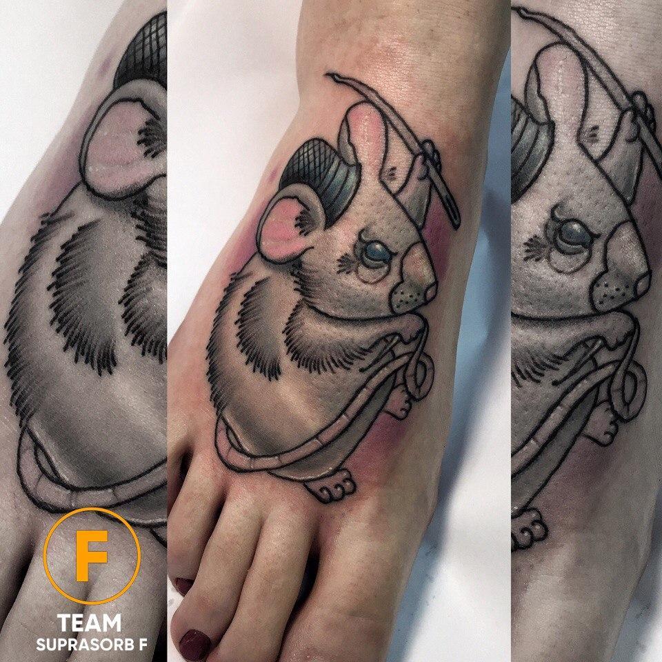 Художественная татуировка «Мышь». Мастер Руслан Тавакалов