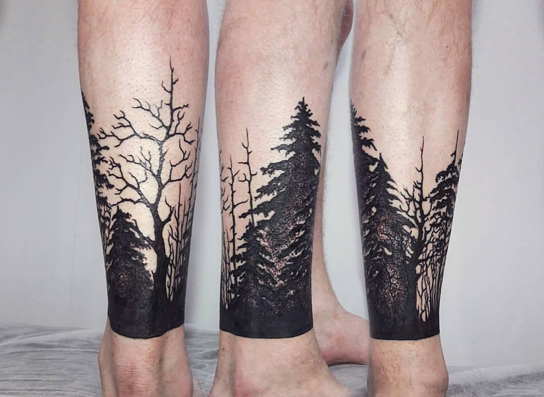 Художественная татуировка «Лес». Мастер Анастатсия Куликова