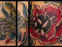 Татуировка цветок