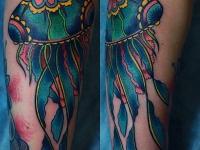 Татуировка медуза на предплечье