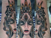 Татуировка дева на предплечье