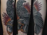 Татуировка орла на предплечье