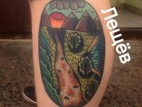 Татуировка пейзаж на икре